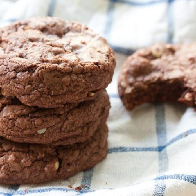 Soft Hazelnut Chocolate Cookies