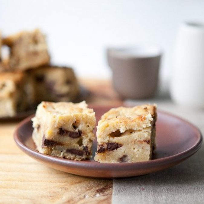 Banana Walnut Blondies
