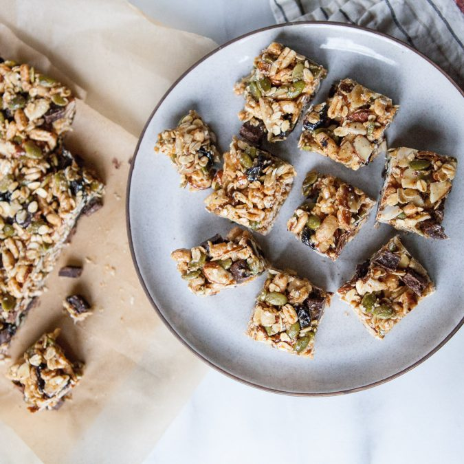 Chewy No-Bake Chocolate Cherry Oat Squares